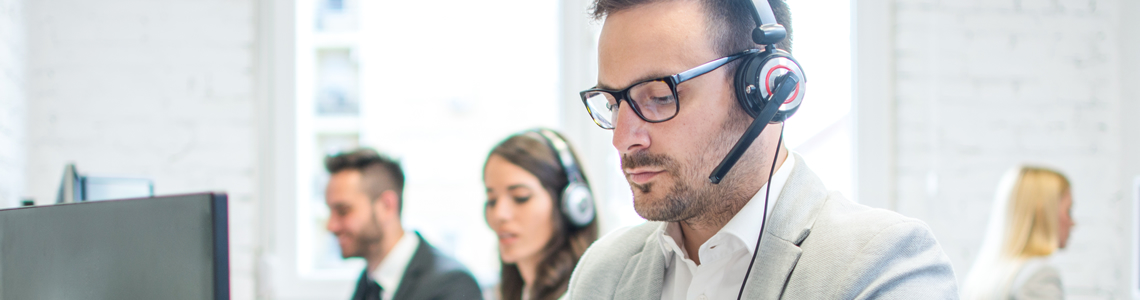 Call centre solutions from X.COMM let you manage agent and customer interactions easily